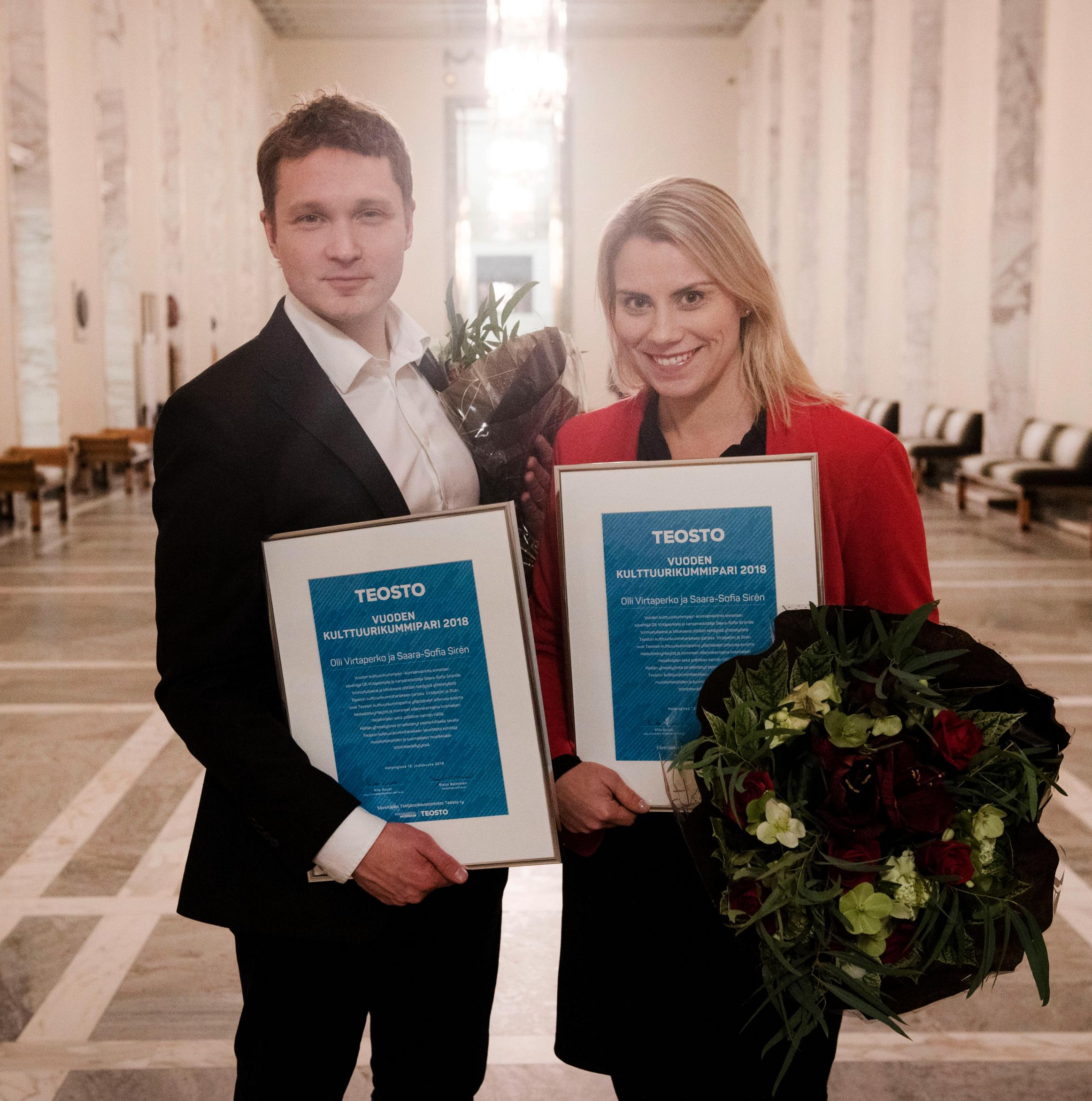 Olli Virtaperkolle ja Saara-Sofia Sirénille Teoston Vuoden kulttuurikummipari -tunnustus