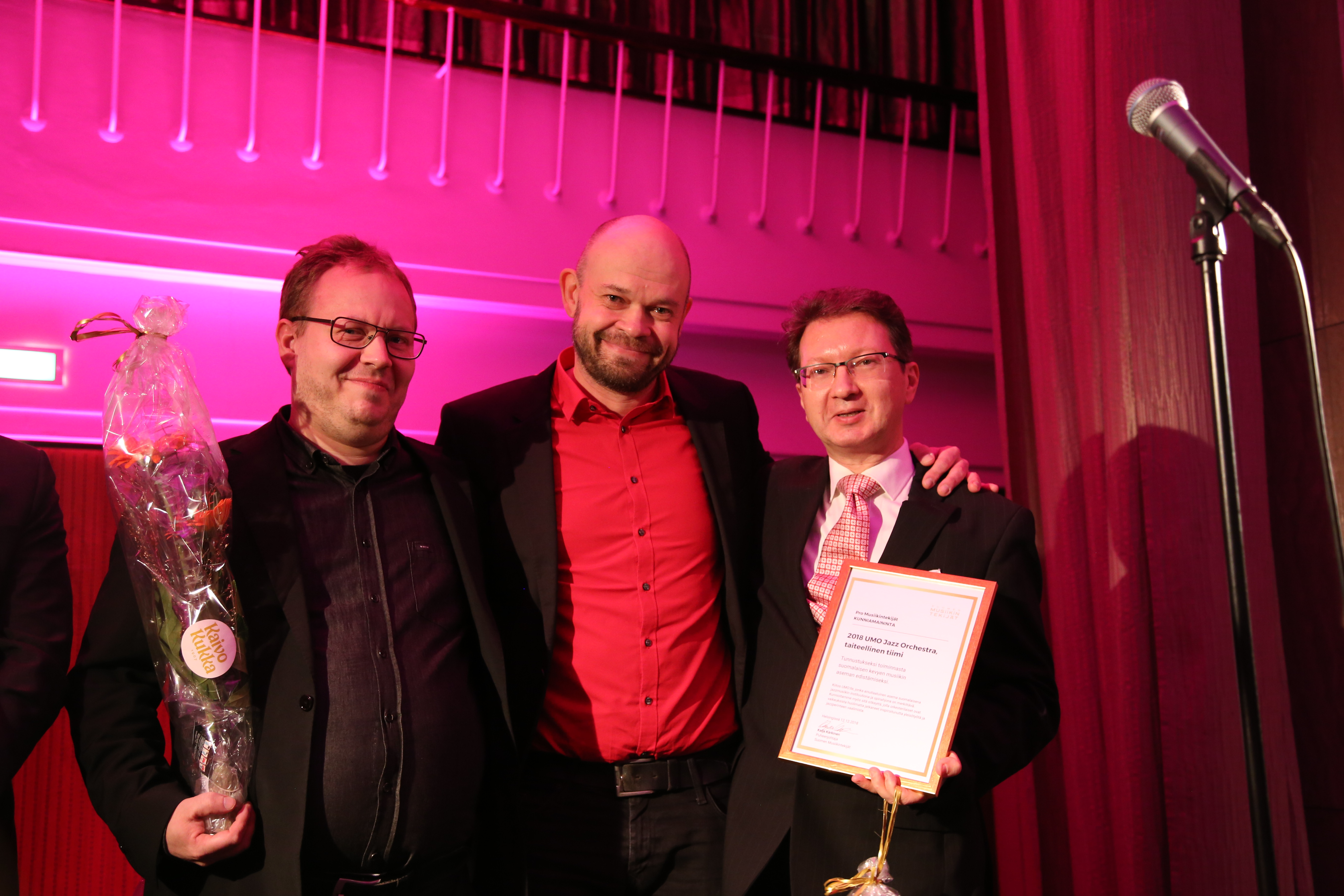 Suomen Musiikintekijöiden Pro Musiikintekijät –kunniamaininta myönnettiin UMO Jazz Orchestran taiteelliselle tiimille