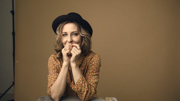 Musiikintekijä-lehden haastattelussa Mariska.